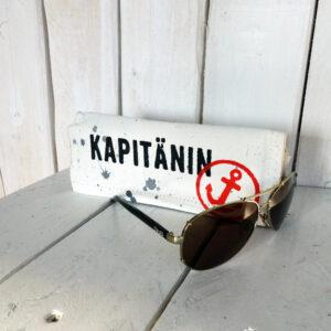 Statt Pilotenbrille