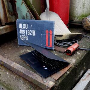 Überseecontainer für Laptops